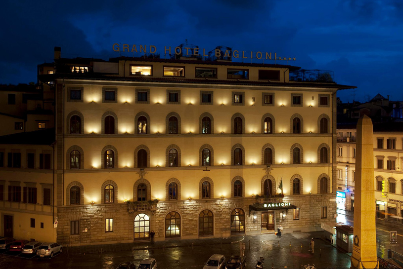 Grand Hotel Baglioni Exterior at Night