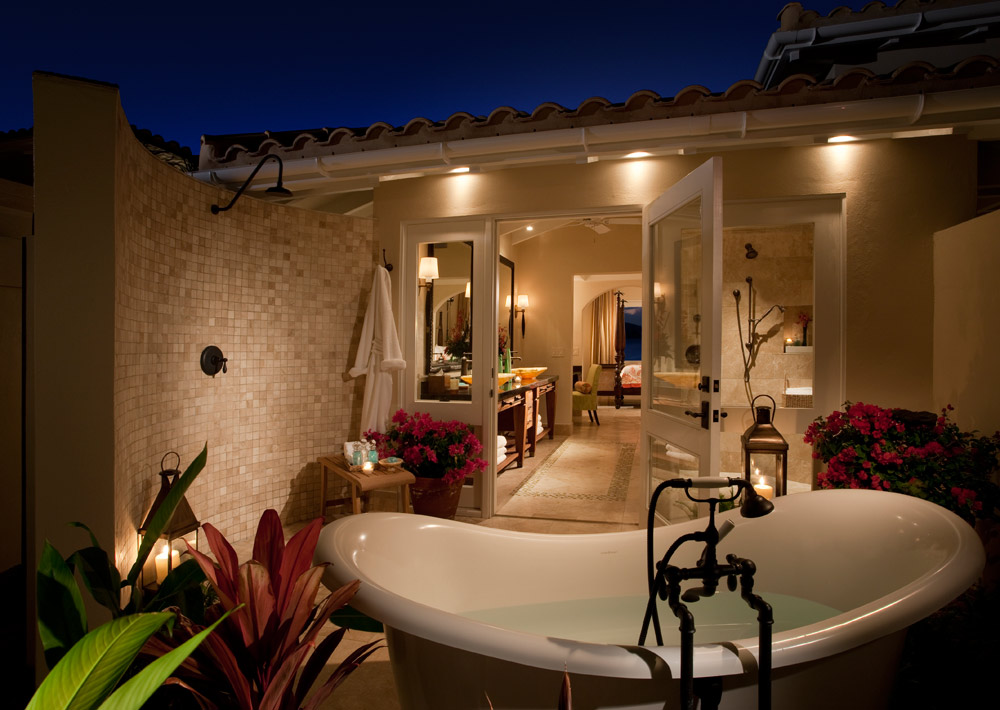 Jumby Bay suite outdoor bath, St Johns, Antigua And Barbuda