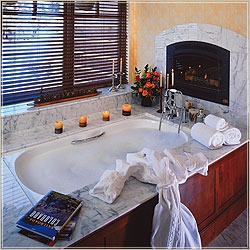 The Ritz Carlton Suite tub