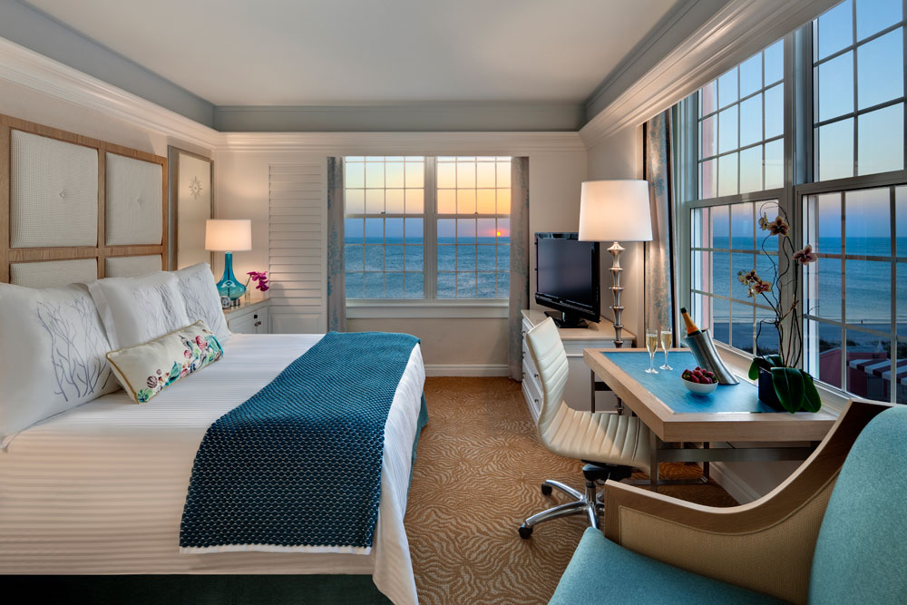 Grand King Guestroom at Loews Don CeSar Hotel, FL