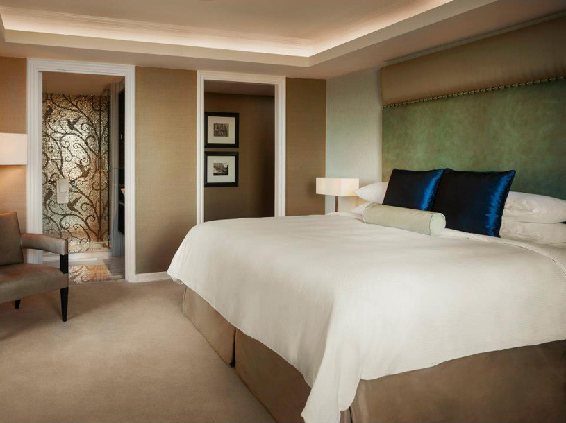 JW Marriott Essex House New York Guest Room