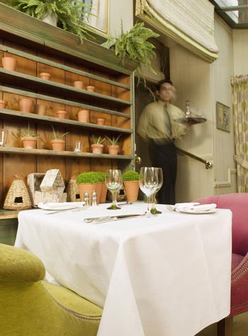 Dorset Square Hotel - The Potting Shed dining