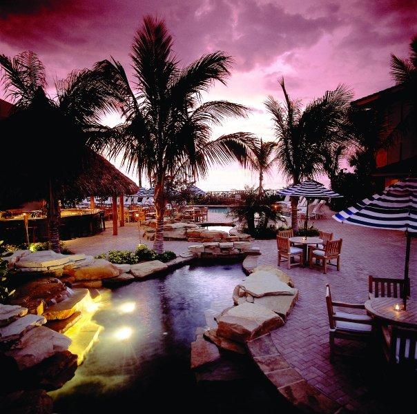 Vacations In Naples Fl: Explore LaPlaya Beach Resort