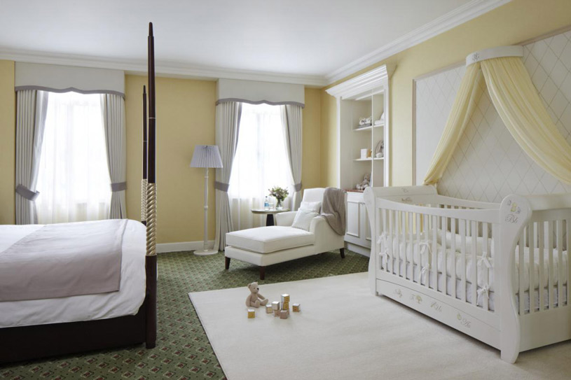 A Grosvenor House Premium Park View Suite was transformed into a 'Suite Dreams' Nursery Suite