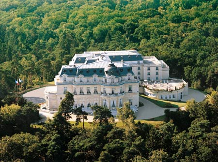 Tiara Chateau Mont Royal