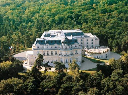 Tiara Chateau