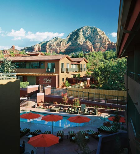 Sedona Rouge Pool View of Spa