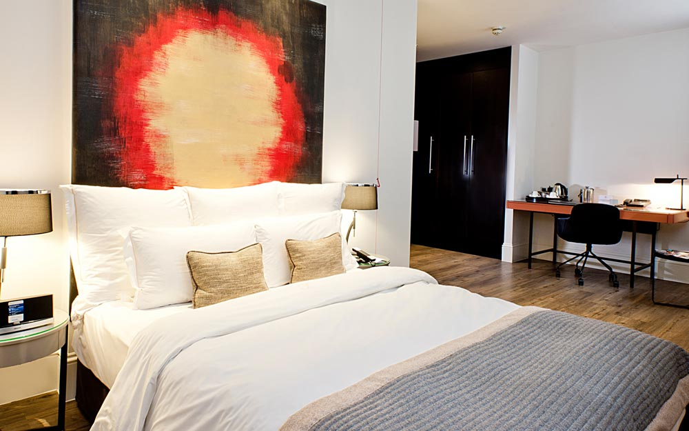 Guest Room at Threadneedle London