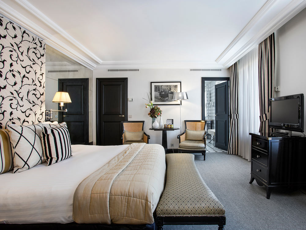 Coco Junior Suite at Castille Paris