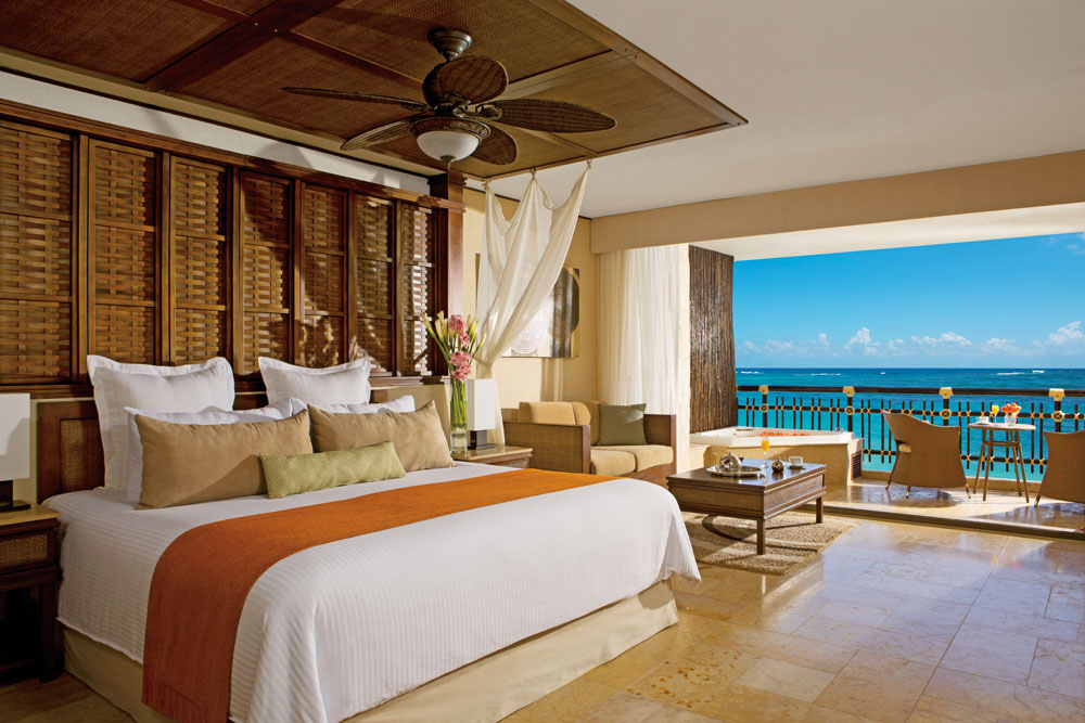 Honeymoon Ocean Front Suite at Dreams Riviera Cancun Resort and Spa
