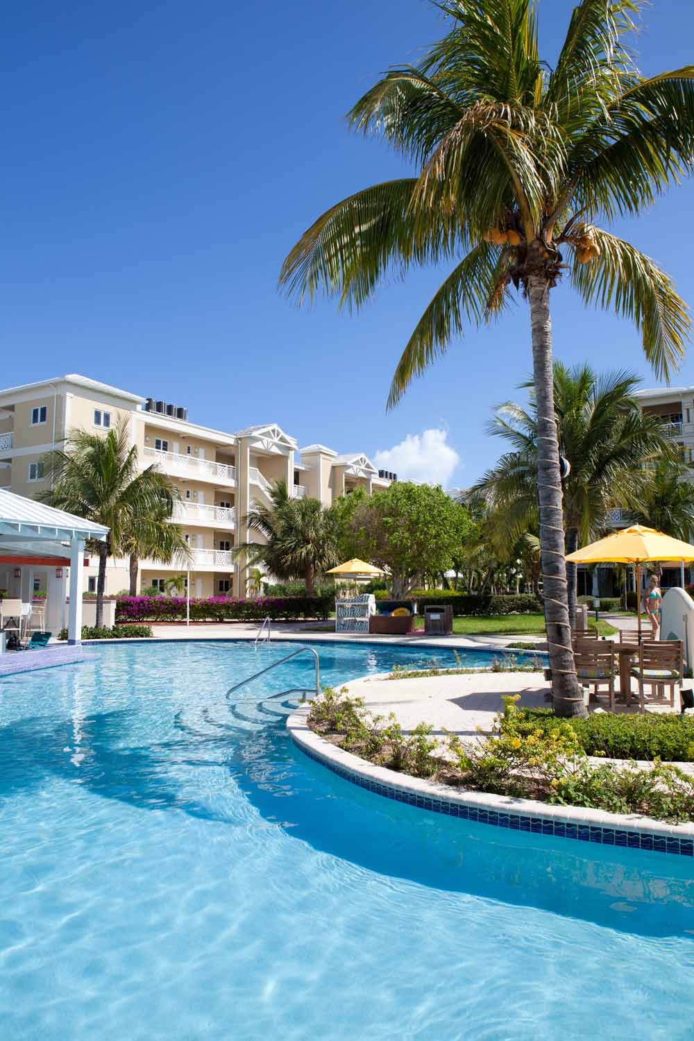 New to five star alliance the alexandra resort turks and for Five star turks and caicos