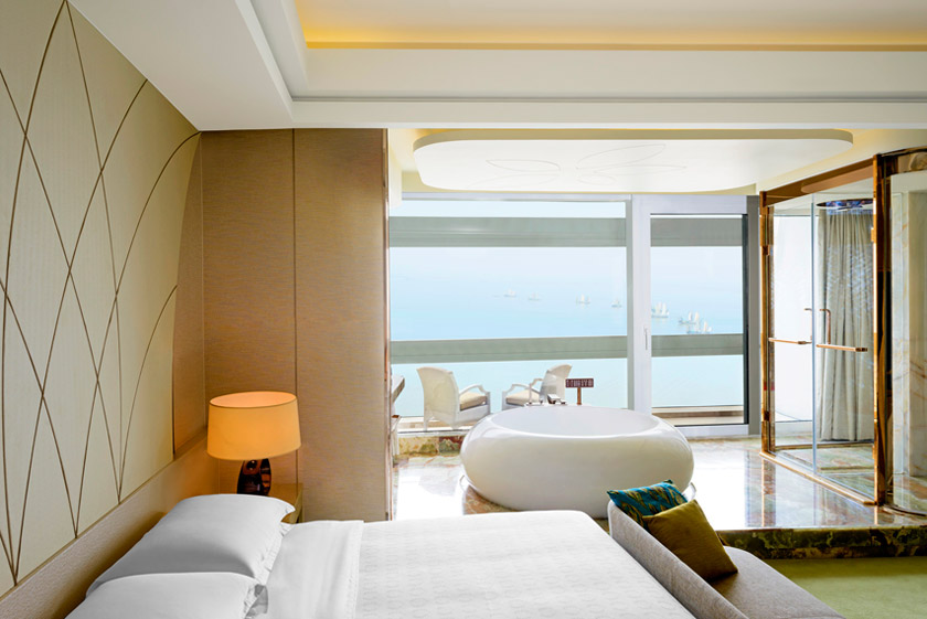 The Sheraton Huzhou Hot Spring Resort's Premier King Guest Room