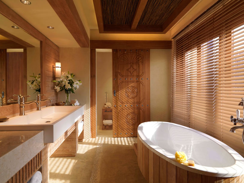 Bath at Anantara Al Yamm Villa Resort