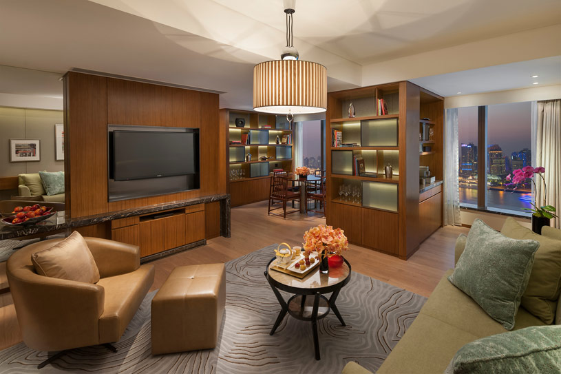 Suite River Living Area at The Shanghai Pudong