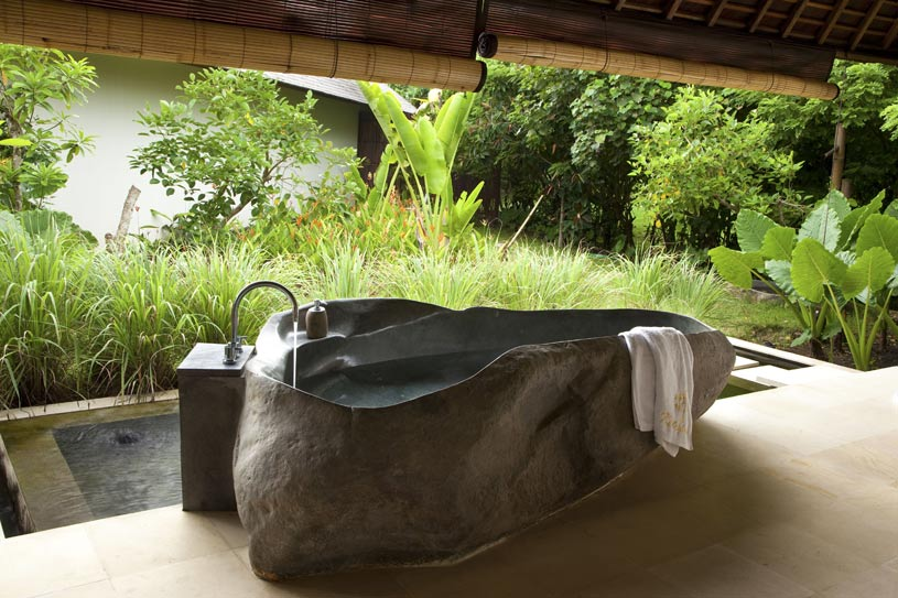 Jacuzzi at The Ketapang Estate Hotel