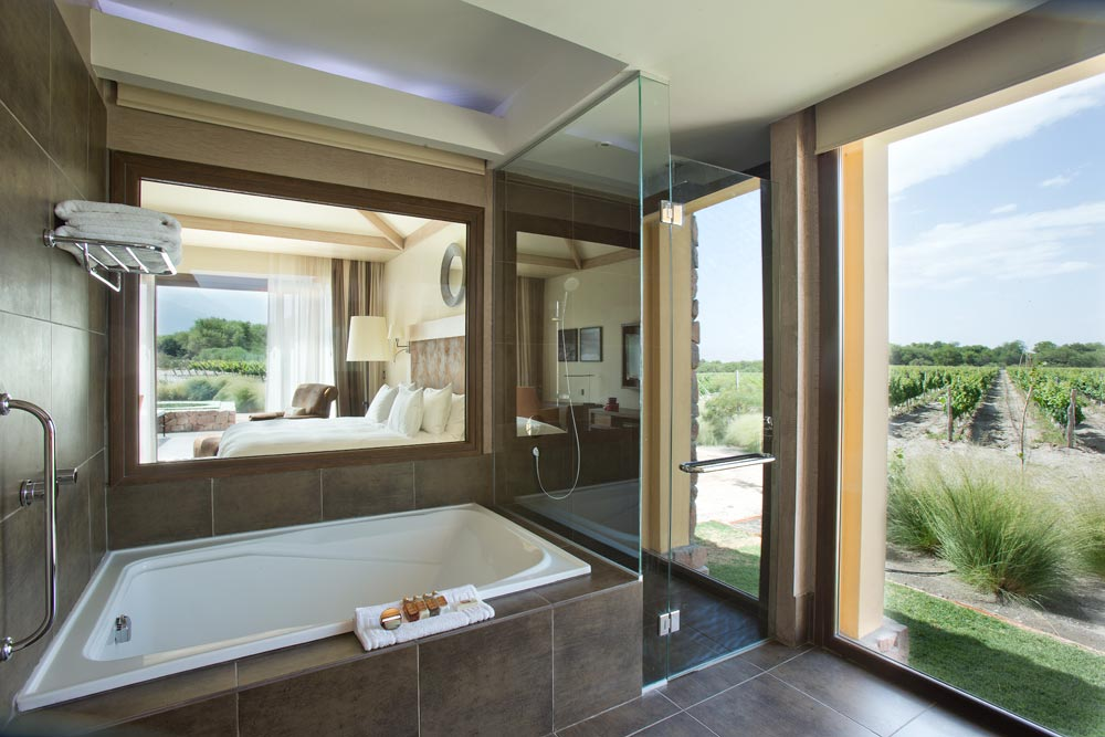 Villa Master Suite Bath at Grace Cafayate