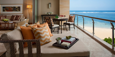 Earl Suite Patio at Mulia Bali