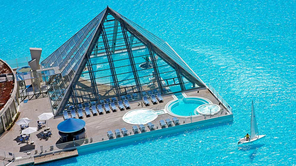 San Alfonso Del Mar Has The World 39 S Largest Swimming Pool Five Star Alliance