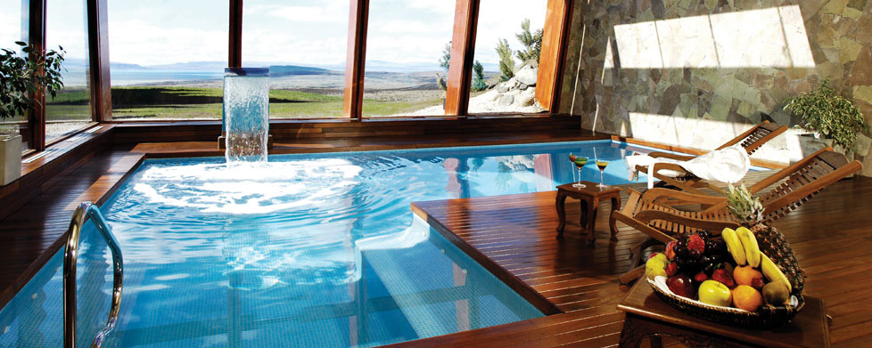 Cool pools alto calafate hotel patagonico five star for Design hotel el calafate
